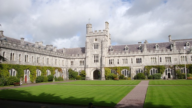 Chceš vyštudovať najlepšiu školu? Je to jednoduché a nie je to o inštitúcii.