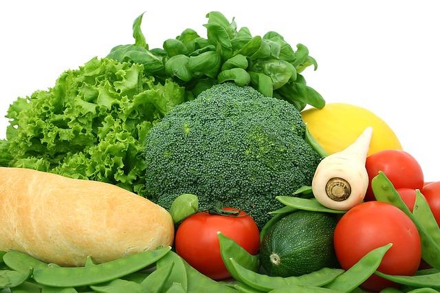 Skutočne musíme jesť iba to, čo nám nechutí? Nedá sa schudnúť inou cestou?
