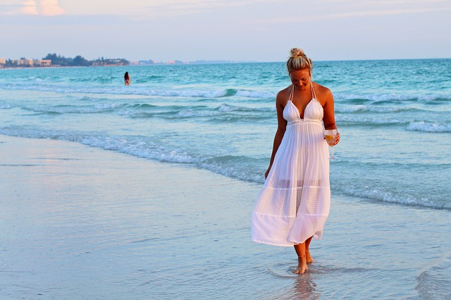 Na akú príležitosť nosiť dlhé letné šaty?