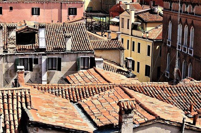 Strešná krytina na váš dom vpodobe betónových škridiel